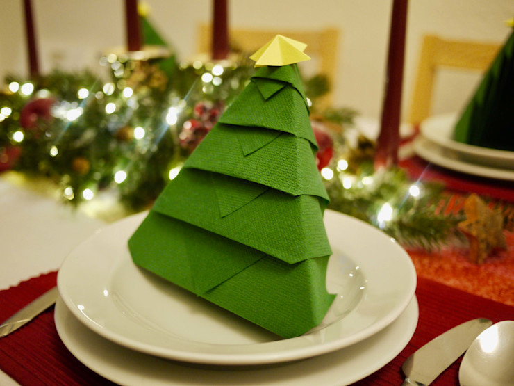Christmas Tree Napkin Folding DIY homify Dining roomAccessories & decoration Paper Green