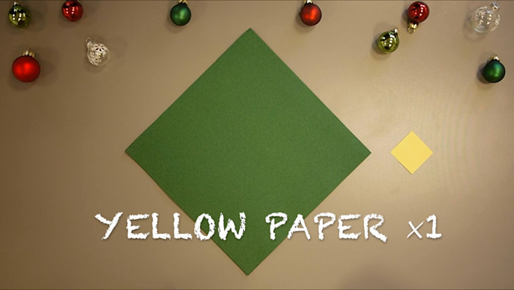 Christmas Tree Napkin Folding DIY Step 2 homify Dining roomAccessories & decoration Paper Green