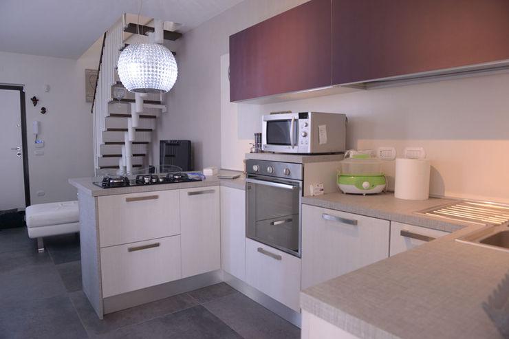 a casa di Francesco e Sabrina yesHome Cucina moderna