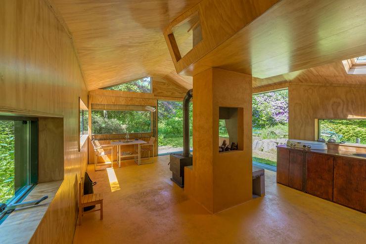 Thoreau's Cabin cc-studio Living room Wood Yellow