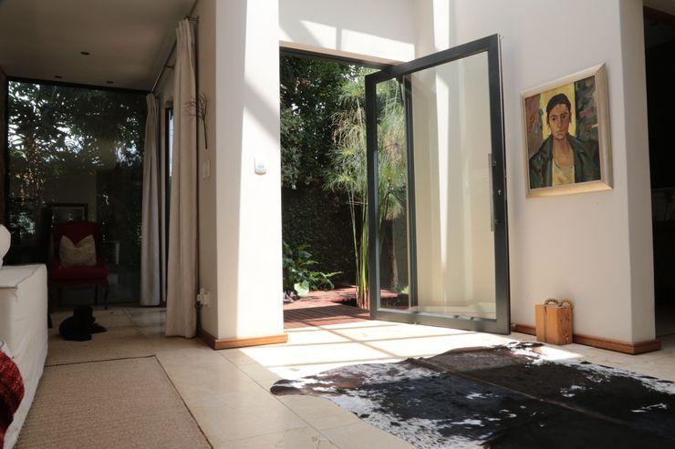 AOJ | Architecture & Interiors 모던스타일 복도, 현관 & 계단