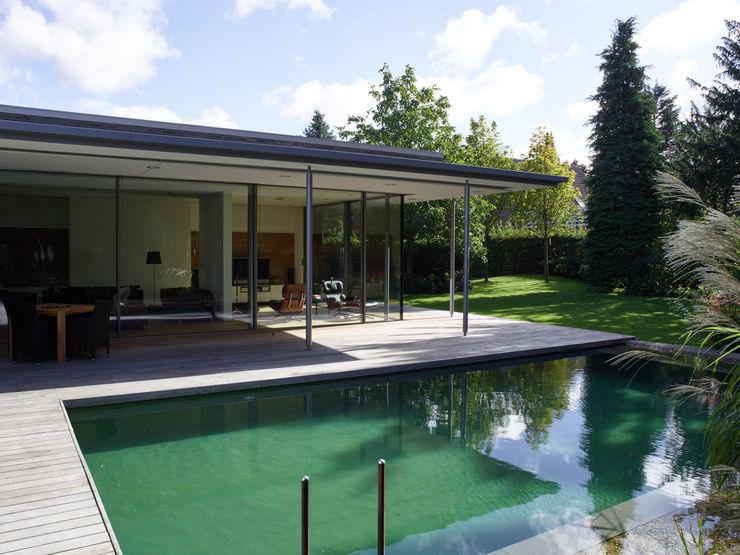 Burckhardt Metall Glas GmbH Бассейн в стиле модерн