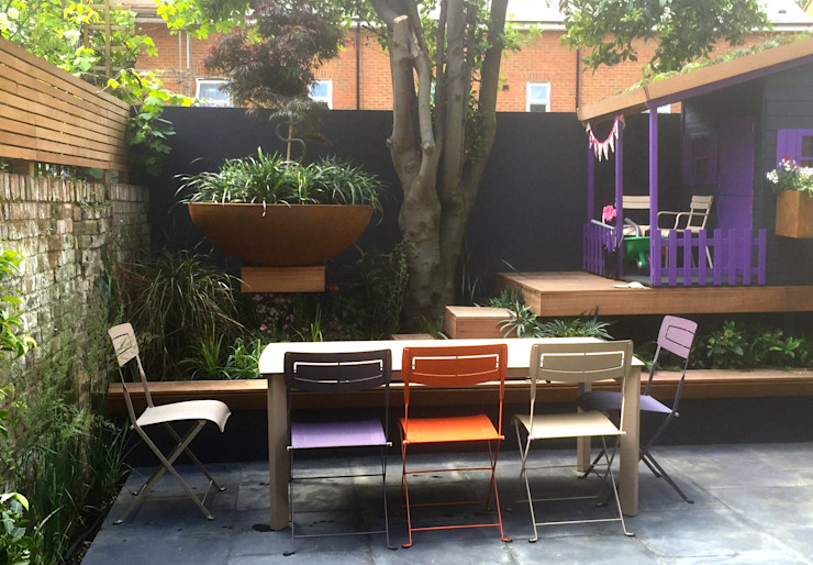 Funky Family Garden in Chiswick GreenlinesDesign Ltd Taman Gaya Eklektik