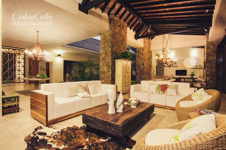 Cristina Cortés Diseño y Decoración Living roomSofas & armchairs