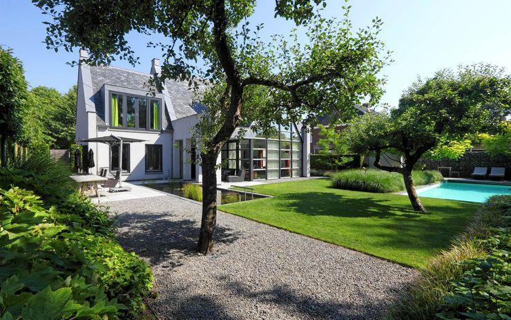 Sparq Tuinen Jardines de estilo moderno
