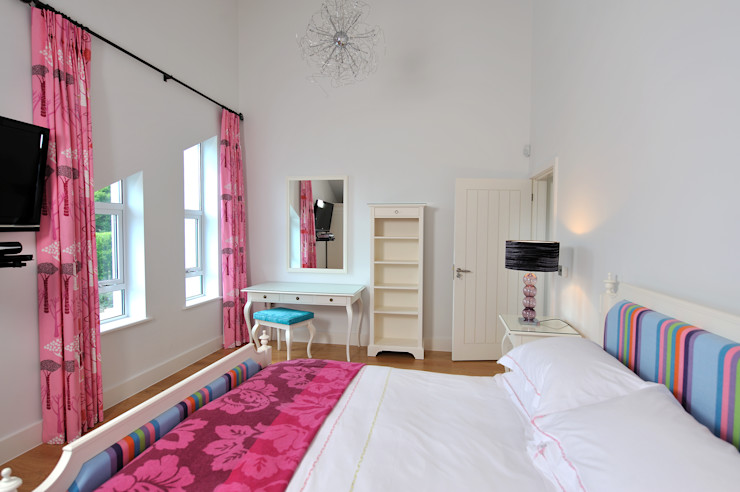 Sea House, Porth | Cornwall Perfect Stays Kamar Tidur Gaya Eklektik