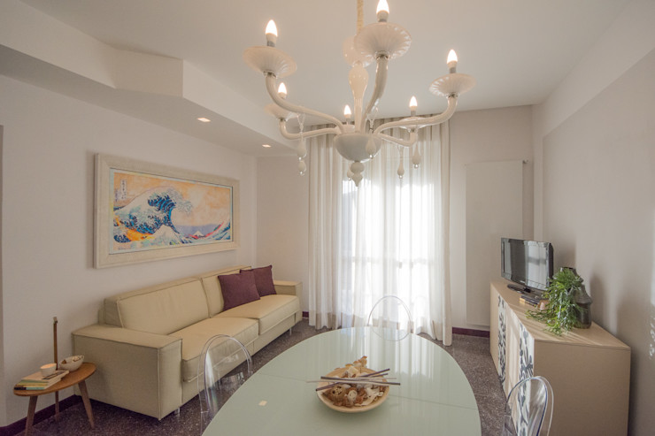 Lella Badano Homestager Modern living room Beige