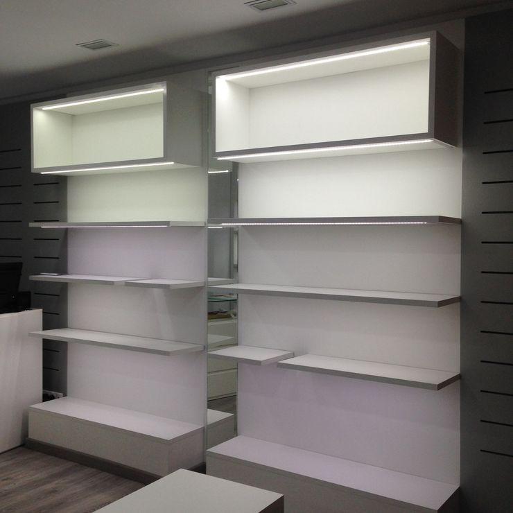 JJ Instalaciones Comerciales Granada SL Офісні приміщення та магазини Інженерне дерево Білий