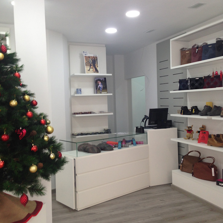 JJ Instalaciones Comerciales Granada SL Офіси та магазини Інженерне дерево Білий