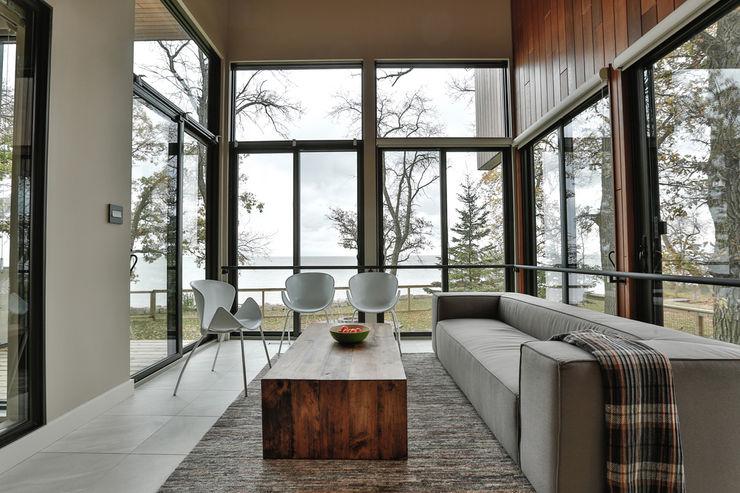 Winnipeg beach weekend home Unit 7 Architecture Modern conservatory
