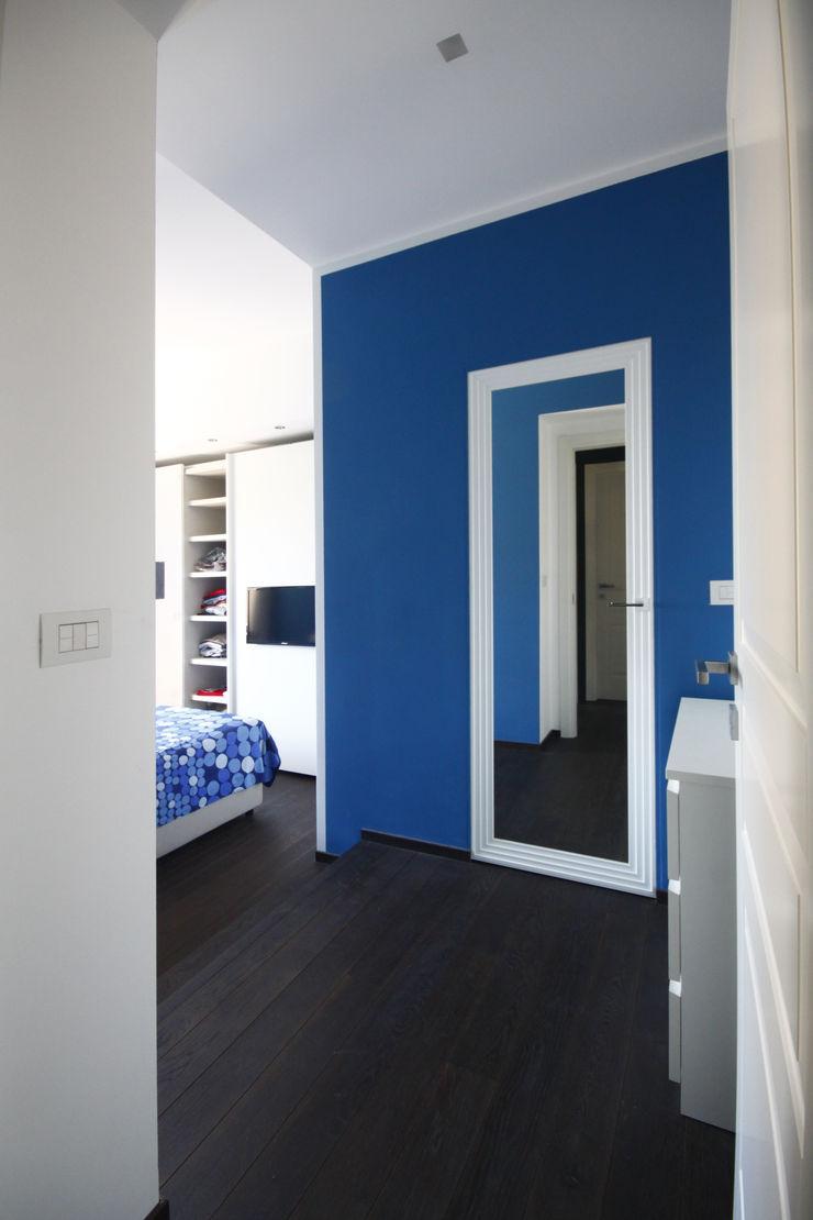CAMERA PADRONALE Andrea Orioli Camera da letto minimalista Blu