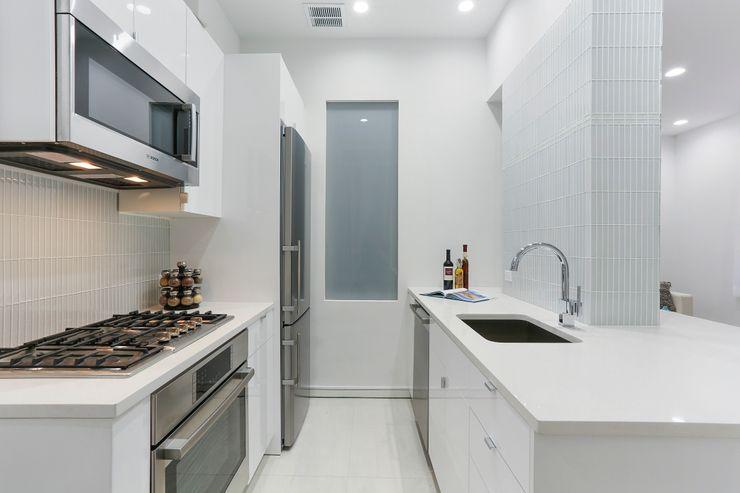 Atelier036 Phòng ăn phong cách tối giản White