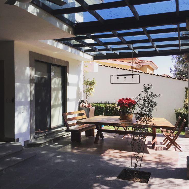 TERRAZA Arki3d Balcones y terrazas coloniales