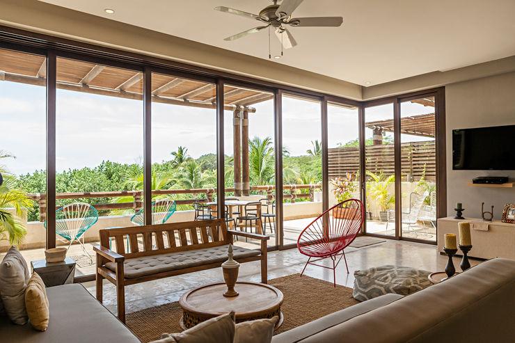 MORADA CUATRO Modern Living Room