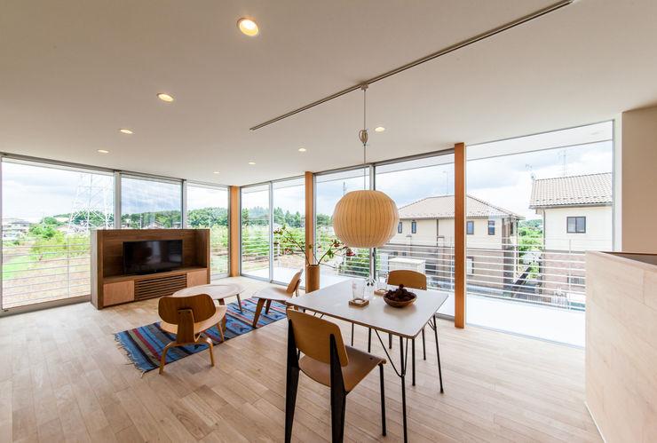 STaD(株式会社鈴木貴博建築設計事務所) Ruang Makan Modern