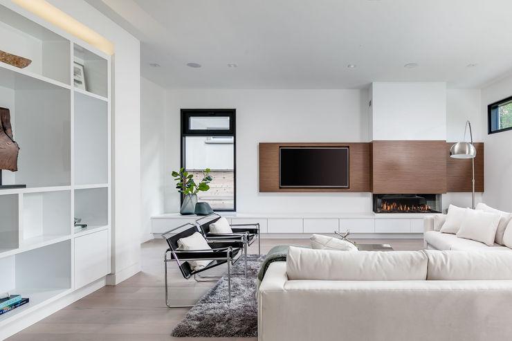 Frahm Interiors Modern Living Room