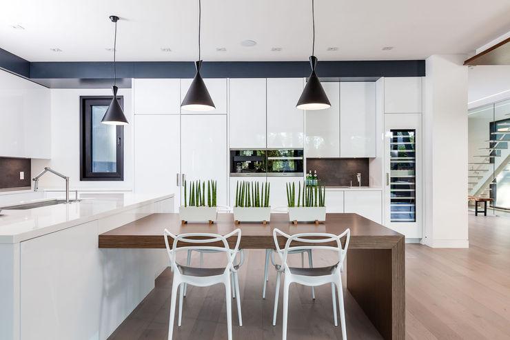 Frahm Interiors Modern Kitchen
