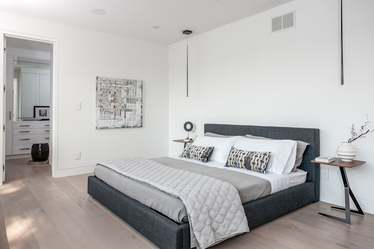 Frahm Interiors Modern Bedroom