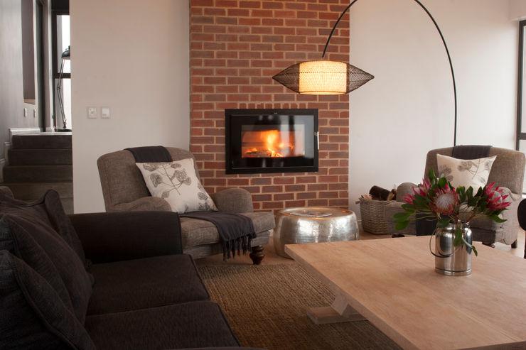 Private lounge Urban Habitat Architects Living room