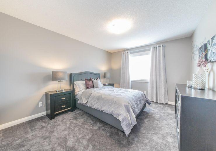 Sonata Design Modern style bedroom