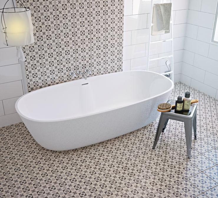 olivia Sciuto Mediterranean style bathroom