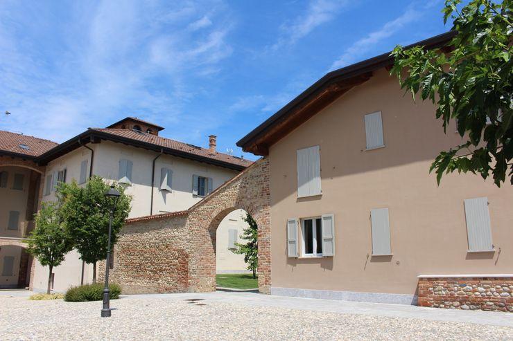 Corte Borgo Camuzzago Architetto Sangalli Architetto Giuseppe Sangalli Casa rurale Laterizio