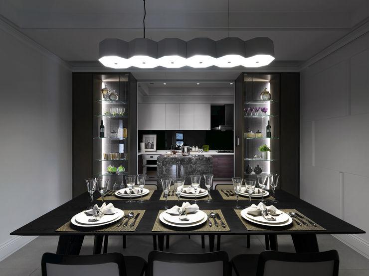 浪漫的歸屬 大荷室內裝修設計工程有限公司 Classic style dining room
