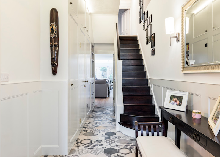 Abbeville Road Orchestrate Design and Build Ltd. Modern Corridor, Hallway and Staircase Black