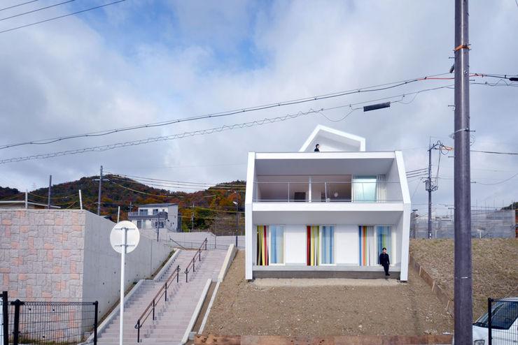 奥和田健建築設計事務所 okuwada architects office Scandinavian style houses Glass White