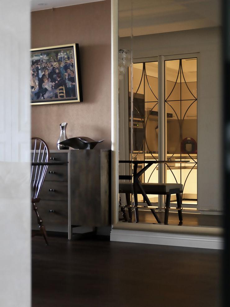 家的風景 大荷室內裝修設計工程有限公司 Classic style dining room