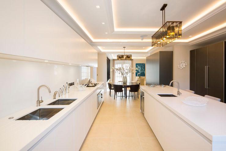 Kitchen KSR Architects Modern Kitchen White