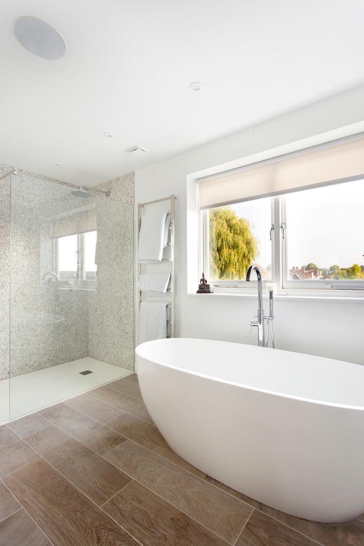 Bathroom Bliss Link It Solutions Ltd Baños de estilo moderno