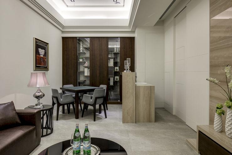 三代同堂度假別墅 大荷室內裝修設計工程有限公司 Modern Media Room