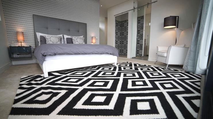 House Stuttaford - Baronetcy Estate Covet Design Modern style bedroom