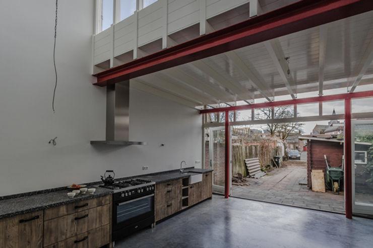 architectenbureau Huib Koman (abHK) Industrial style kitchen