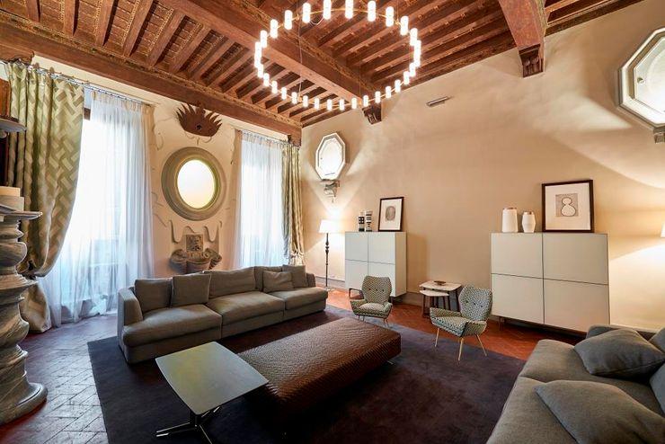 """Palazzo Dami """"Piano Nobile"""" - Firenze Zeno Pucci+Architects Soggiorno eclettico"""