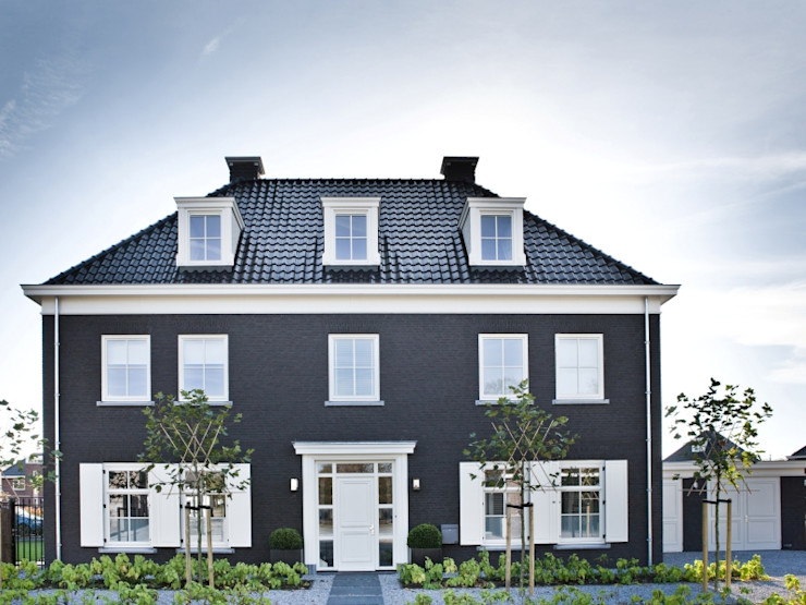 Groothuisbouw Emmeloord Classic style houses