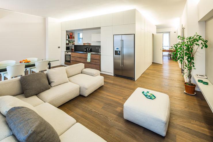 PLUS ULTRA studio Minimalist living room Beige