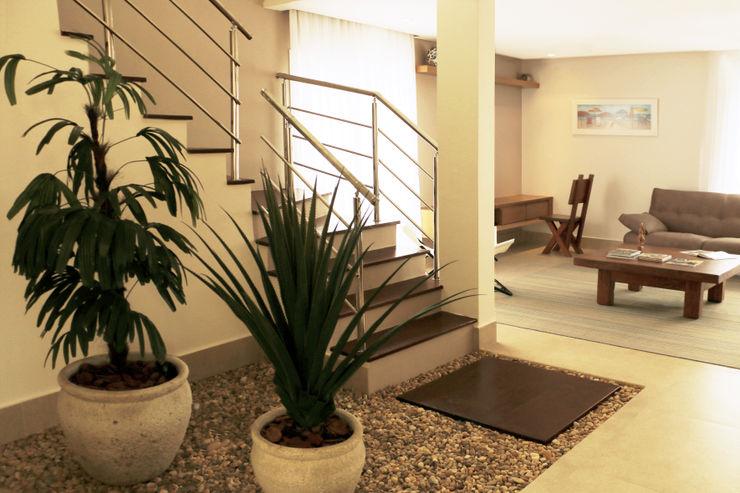 Jardim da escada homify Jardins de inverno modernos