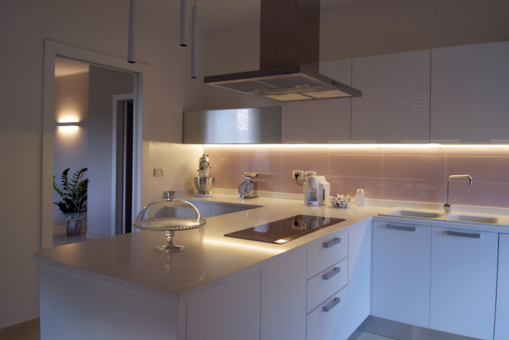 House L+M SPAZIODABITARE architects Cucina in stile classico