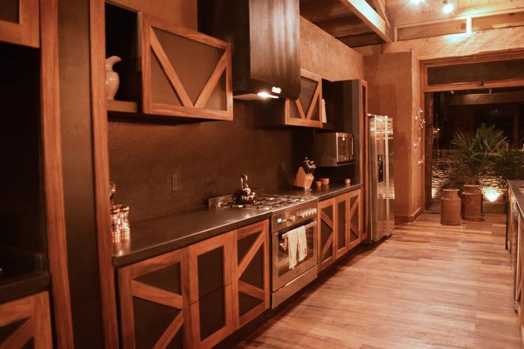 MORADA CUATRO Kitchen