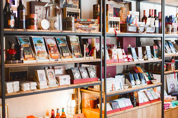 DuMonde Chocolaterie - SHI Studio Interior Design ShiStudio Interior Design Lojas e Espaços comerciais rústicos