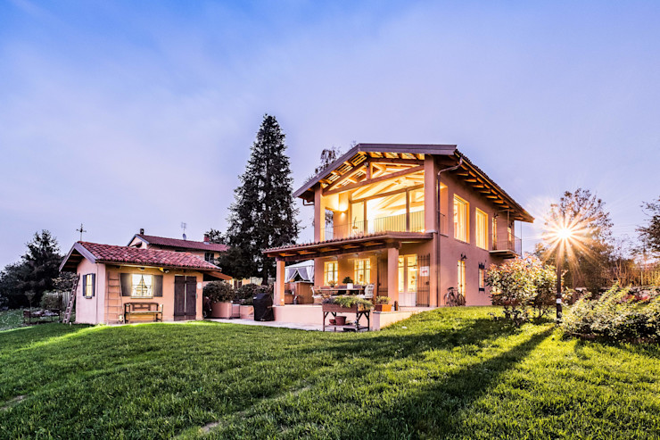 UAU un'architettura unica Colonial style house Beige