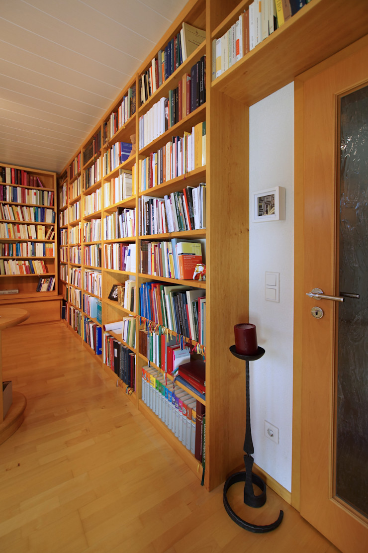 Lignum Möbelmanufaktur GmbH Living roomShelves Wood