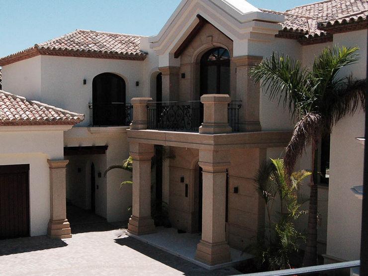 Canteras Villa Miranda Casas de estilo clásico Naranja