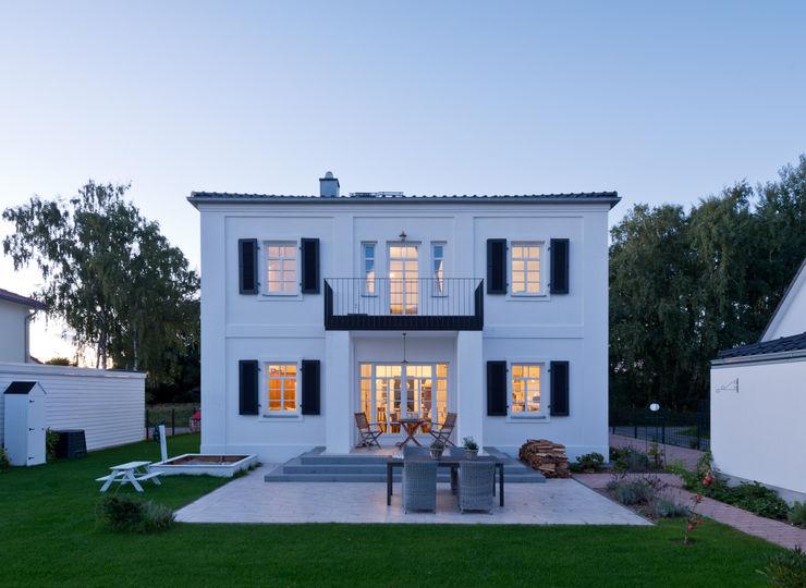 Gartenansicht Bartels-Architektur Klassische Häuser