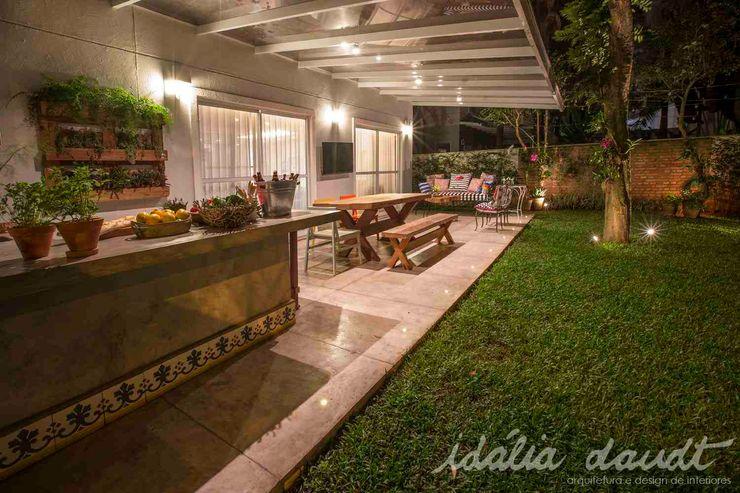 IDALIA DAUDT Arquitetura e Design de Interiores Patios & Decks