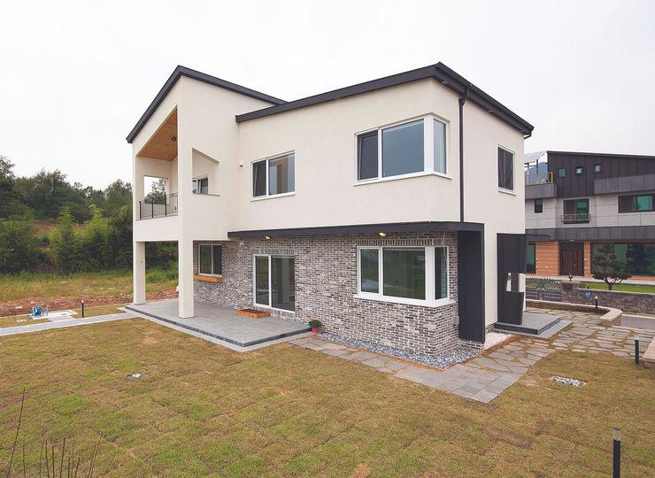 (주)그린홈예진 Casas de estilo moderno