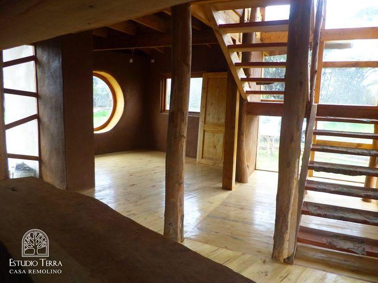 Estudio Terra Arquitectura & Patrimonio Koridor & Tangga Modern