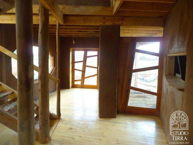 Estudio Terra Arquitectura & Patrimonio Pintu & Jendela Modern
